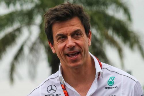 Вольфф визнав, що Хемілтон може перейти в Ferrari
