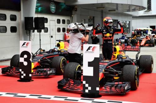 Поразка Mercedes і Ferrari у Малайзії, успіх Макса (ФОТО)