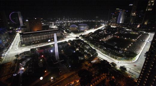 gran-pri-singapura-12944-s-1.jpg (72.15 Kb)